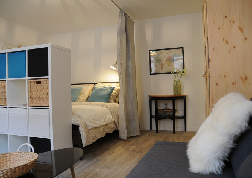 Am nagement petit budget d 39 un appartement lille suite for Separation en bois deco interieure